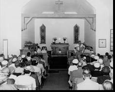 StJohnInTheWildernessChurchInterior1950s
