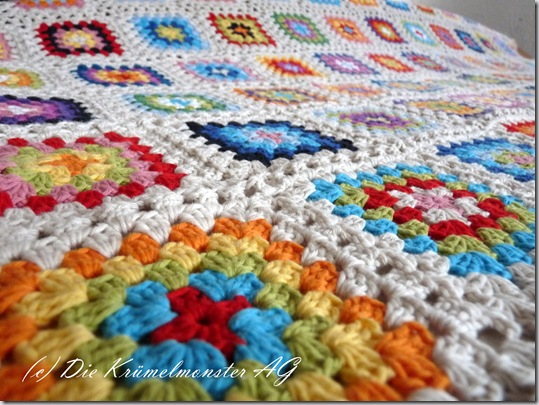 Granny Square Blanket Finish (4)