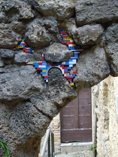 Ancient LEGO Walls 4