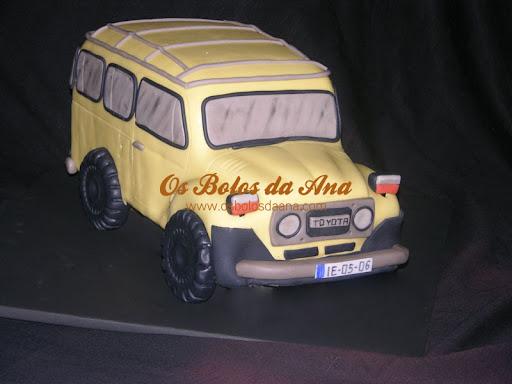 Bolo 3D Decorado Jeep Toyota