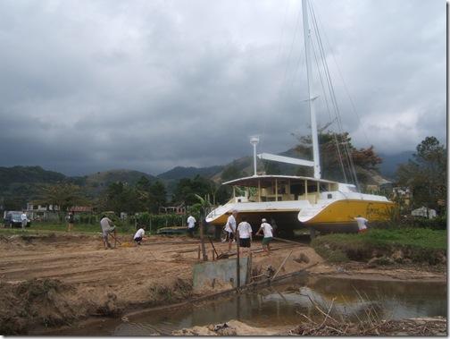 Colocação do barco na água2 044