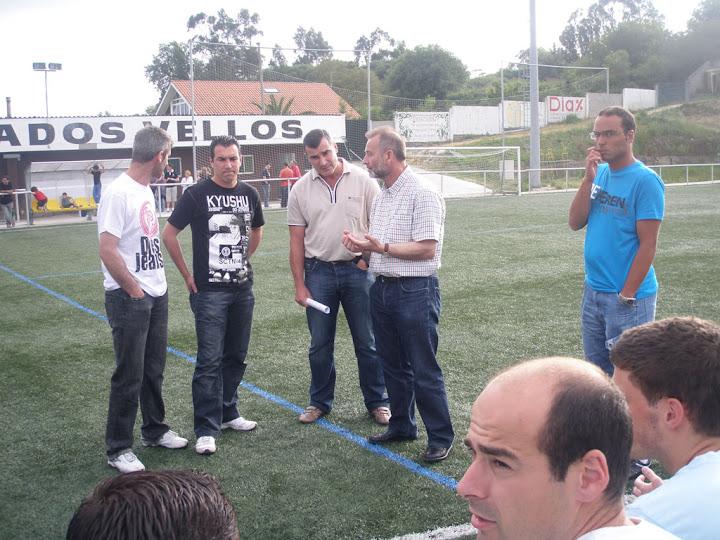 S.D.R. Numancia de Ares. Temporada 2009-2010. Presentación del nuevo entrenador para la temporada 2010-2011. Carlos Rodríguez