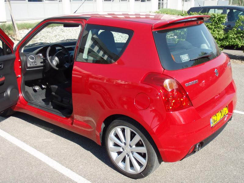 bastenix suzuki swift sport rouge votre voiture. Black Bedroom Furniture Sets. Home Design Ideas