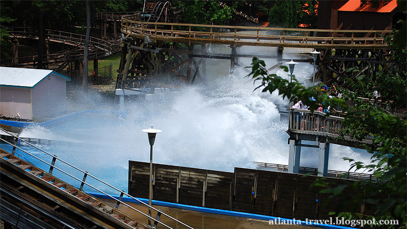 Six Flags Splash Water Falls!