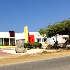 Eagle Beach home by Donald Henninger - Buildings & Architecture Homes ( oranjestad, aruba, colorful, seaside, beach, house, landscape, caribbean )