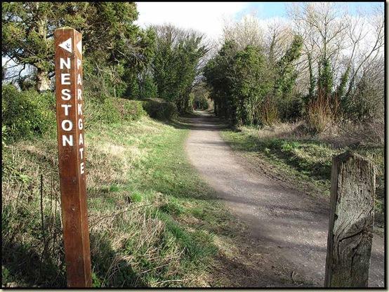 Railway trackbed - Hooton to West Kirby