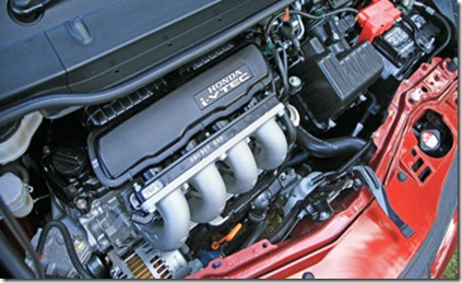 Honda-Jazz-engine-view
