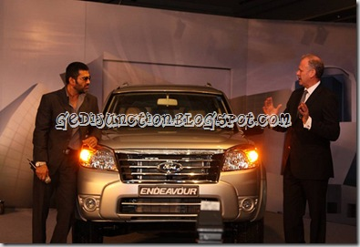 ford endeavour sunil shetty launch 2010 facelifted