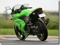 Kawasaki Bajaj india ninja 250 R launch pics photos wallpapers green