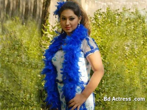 Bangladeshi Actress Apu Biswas-03
