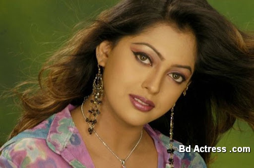 Bangladeshi Actress Nipun Photo-01