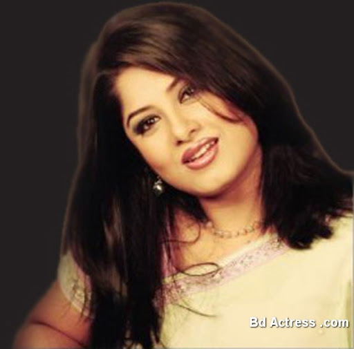Bangladeshi Actress Mousumi Photo-02