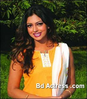 Bangladeshi Actress Nipun-09