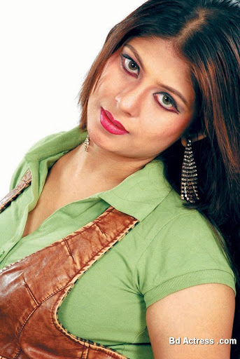 Bangladeshi Actress Ratna Photo-01
