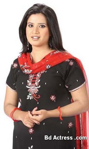 Bangladeshi Singer Nancy-01