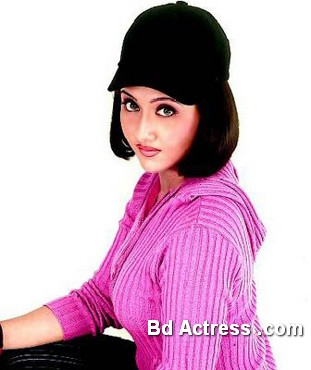 Bengali Actress Swastika Photo-02