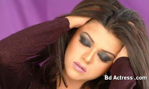 Pakistani Actress Maria Wasti Photo-04