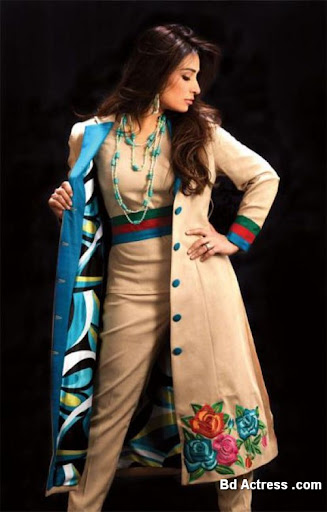 Pakistani Actress Reema Khan Photo-04