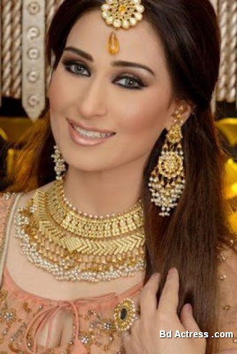Pakistani Actress Reema Khan Photo-06