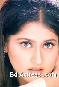 Pakistani Actress Sahaba Photo-02