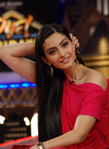Bollywood Actress Sonam Kapoor Thumbnail