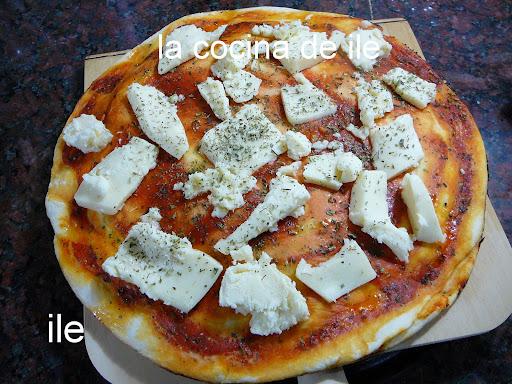 Ile recetas pizza rellena for Pala horno pizza