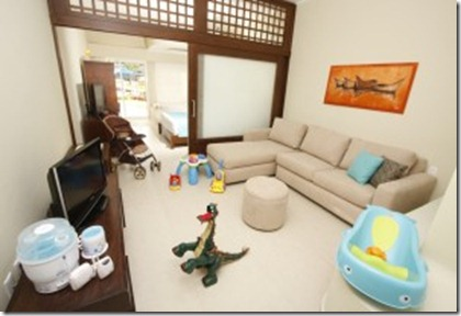 azul-sensatori-hotel-suite-with-pack-play-300x200