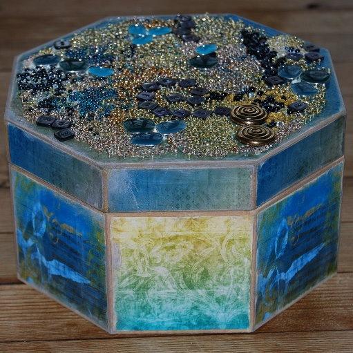 Jewelled_Box