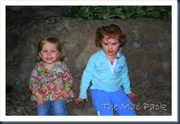 Savannah & MK at Ripley's Aquarium