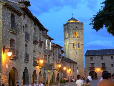 Mis-viajes-los-pirineos-Ainsa-fortaleza