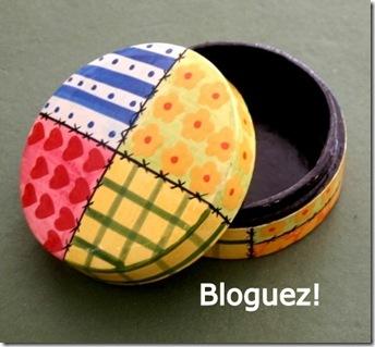 89721-boite-ronde-papier-mache-motif-patchwork