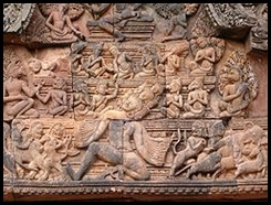 250px-Banteay_Srei_in_Angkor