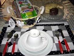 artemelza - cesta de pão com fuxico