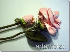 artemelza - rosa de fuxico