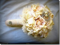 bling-for-wedding-bouquet