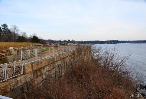 17. sea wall gus