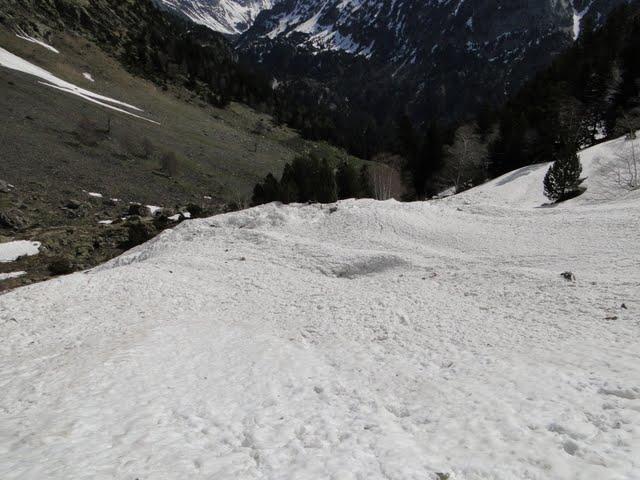 gracias a las avalanchas se alarga un poco la nieve