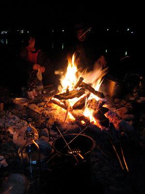 今年はよく乾いていてよく燃える薪があってうれしい
