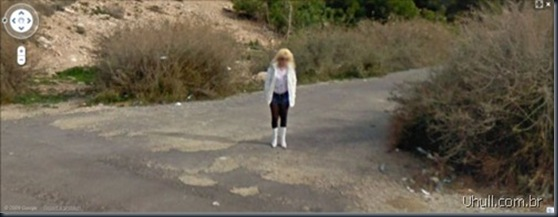 prostitutes_on_google_street_view_18_thumb