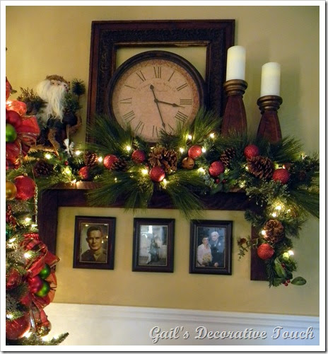 Country Christmas Mantels: Gail's Decorative Touch: Mantel Shelf At Christmas