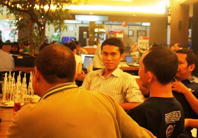 Hendrawan Blogger Riau