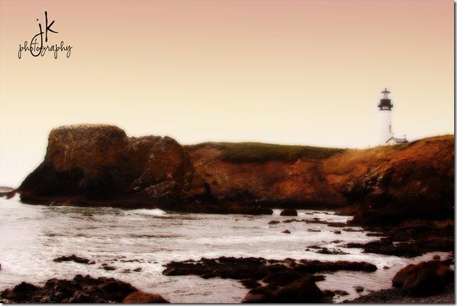 0573 Lighthouse Yaquina weblogo