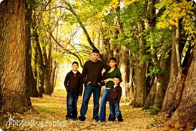 cute family-9774 weblogo