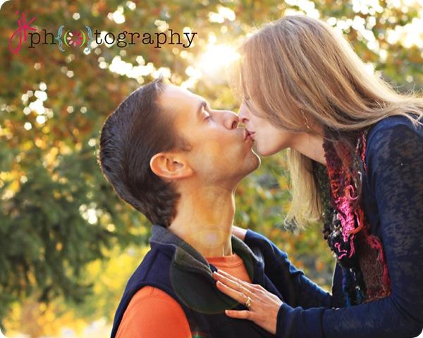 Kiss1737 weblogo