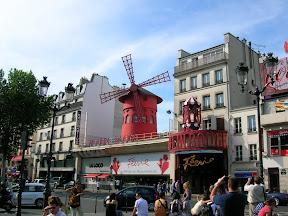 004 - Le Moulin Rouge.JPG
