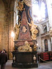077 - Interior de la Catedral de San Vito.JPG