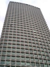 27 - Otro rascacielos de Londres.JPG