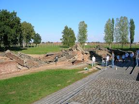 149 - Auschwitz II - Birkenau, crematorio 3.JPG