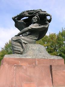 018 - Estatua de Chopin.JPG