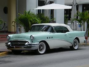 026 - Un coche clásico.JPG